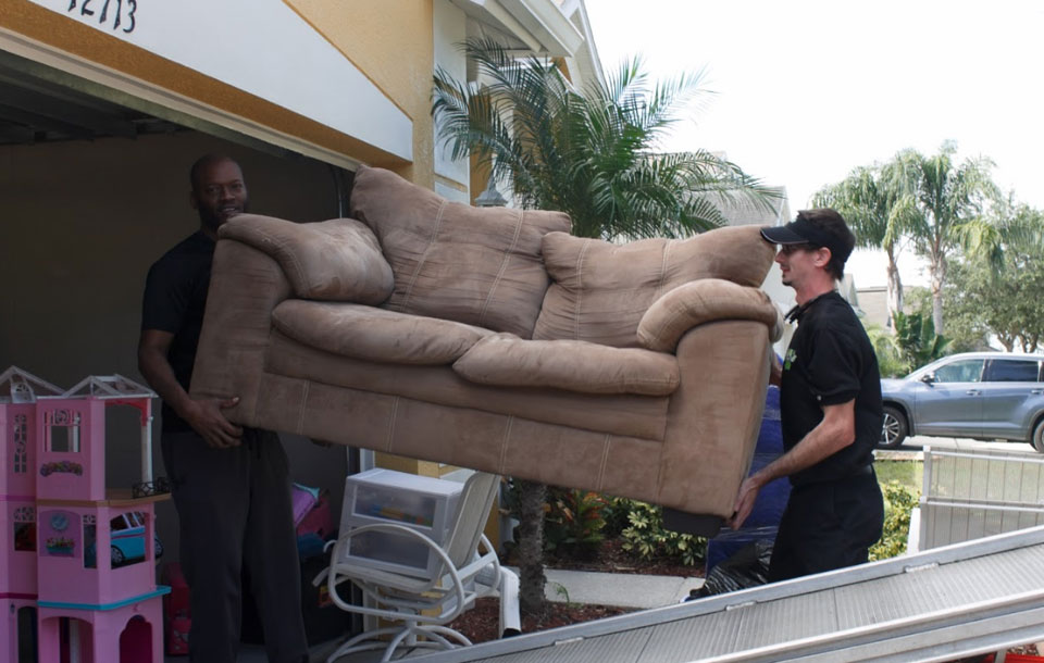 moving-sofa