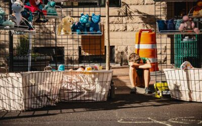 6 Tips on Planning a Garage Sale before You Move